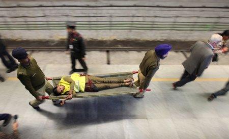В Индии проходит тренировочная инсценировка землетрясения