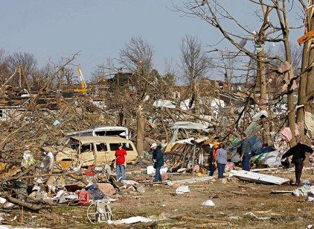 Смертоносный торнадо в США: фоторепортаж