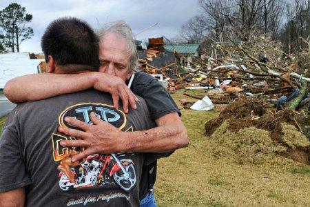 Последствия торнадо 2 марта 2012