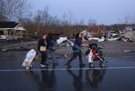 Мартовские торнадо в США: фоторепортаж