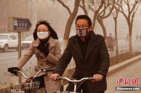 В Китае и Индии песчаные бури