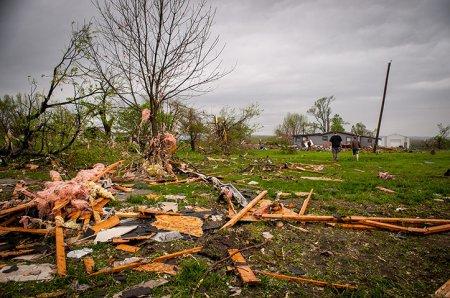 Торнадо в США: фоторепортаж