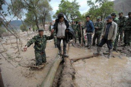 Десятки погибших после часового дождя в Китае