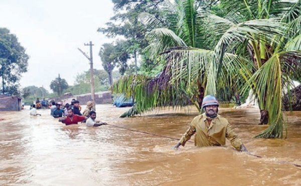 Циклон Ниам добрался до Индии