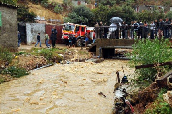 Наводнение в западном Алжире