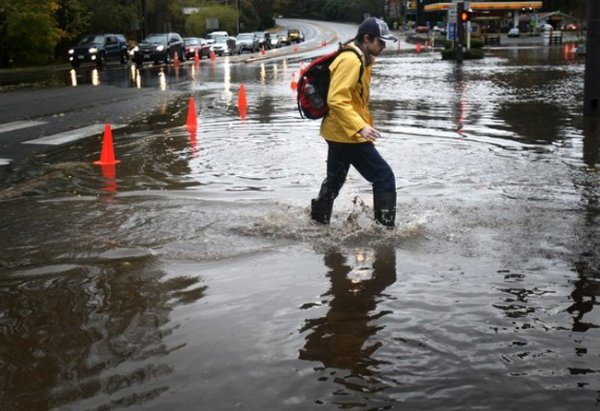Целый кортеж ураганов ударил по северо-западу США