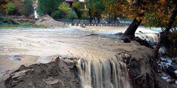 На западе Турции произошло наводнение