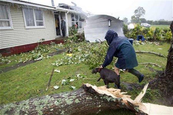 Новозеландский город пострадал от торнадо