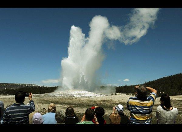 Самый большой гейзер в мире наконец возобновил свою активность