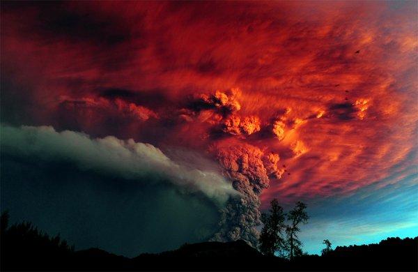 2013 год стал рекордсменом по числу извергающихся вулканов