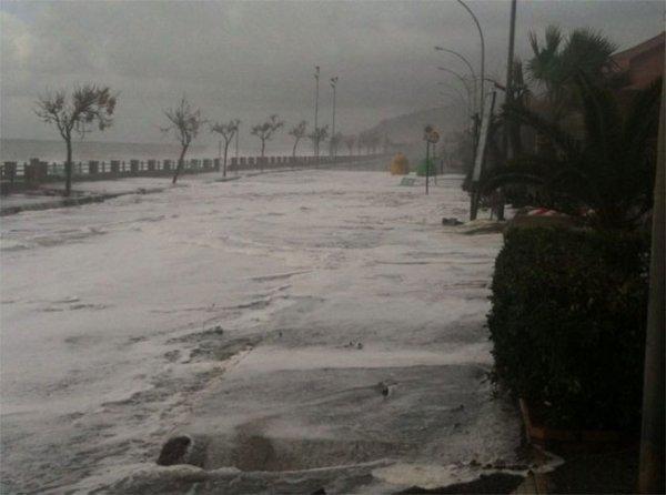 Разлив реки на Сицилии превратился в трагедию