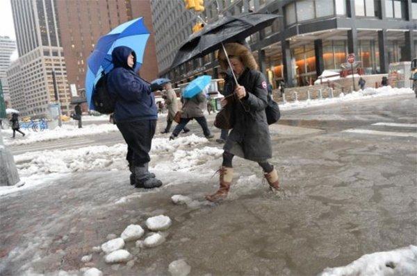 В Нью-Йорке из-за шторма объявлено чрезвычайное положение