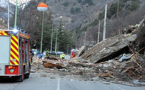 Во французских Альпах произошел смертельный оползень